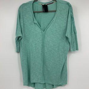 Dolan T shirt women's top knit green small batwing